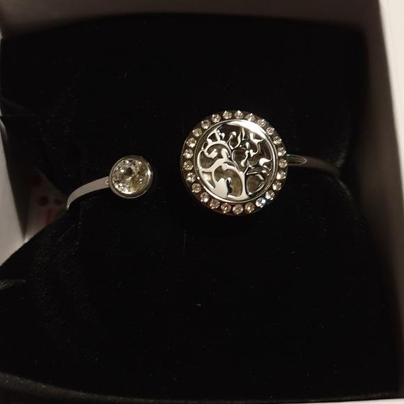 anavia Jewelry - Essential Oils Tree of Life Bracelet